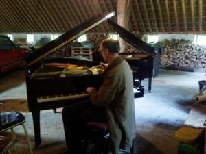 Pianostemmer aan het werk, concert 14 juli 2012